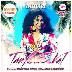TANYA St VAL  au Sunset